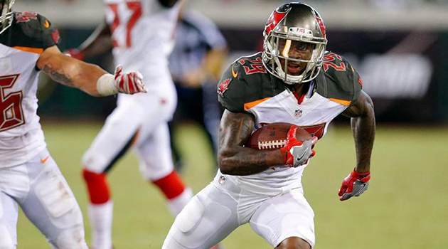 adbe4aa3 Ryan Smith Earns Spot on 53-Man Roster with Buccaneers - North ...